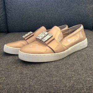 8.5 MK Micheal Kors patent sneakers